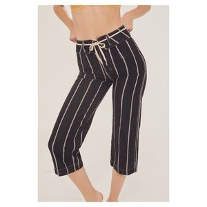 BDG cropped striped pants size 28
